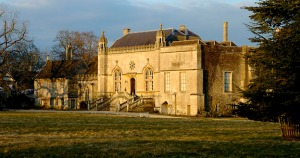 lacock-abbey